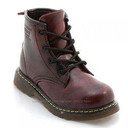 Распродажа демисезонных ботиночек на девочек B&G. Много моделей