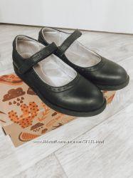 Школьные Туфли Eleven Shoes  р 34, стелька 22. 5 см
