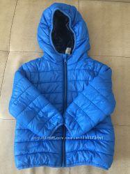 Весенняя куртка в идеальном состоянии- 92 размер