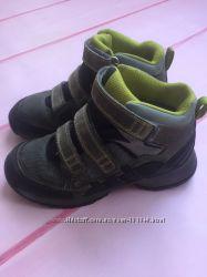 Ботинки adidas 33 размер