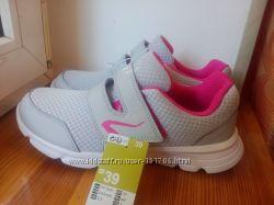 Новые женские кроссовки размер 40