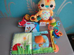 Развивающая книжка-игрушка Мое первое знакомство Tiny Love