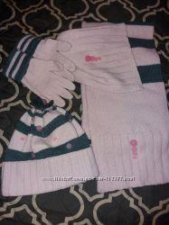Продам красивый набор Wojcik шапка шарф и перчатки размер 52 см