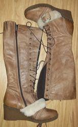 Стильні шкіряні чоботи 39р