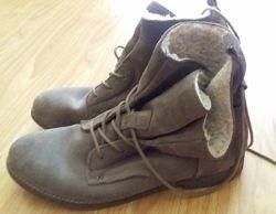 Зимові черевики замша-шкіра 39-40р