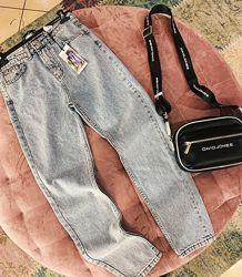 Стильные светлые джинсы мом в наличии качество скидка