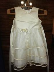 Нарядное платье рост  110 см 4-5 лет
