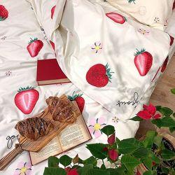 Подростковое полуторное постельное белье Viluta сатин 397 клубнички
