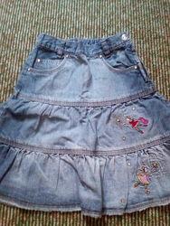 продам красивую джинсовую детскую юбку