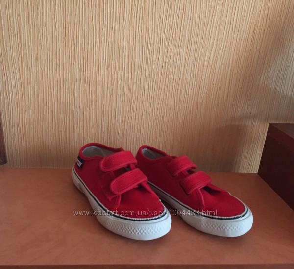 Кедики для модницы zara , adidas
