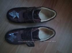 Туфлі лакові 35