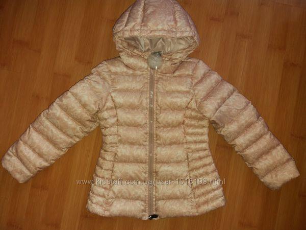 Осінньо-весняна курточка на 4-5роки від фірми OVS