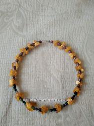 Красивое ожерелье из натуральных камней