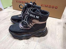 Демисезонные ботинки для Девочки черные  .