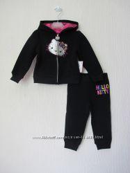 Новый теплый спортивный костюм Hello Kitty на 18мес