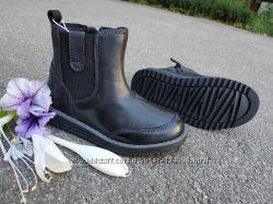 Новые демисезонные кожаные ботинки Geox Wong. разм. 28