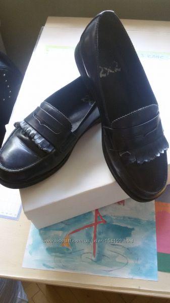 Туфлі для дівчинки BRASKA р. 36