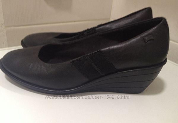Кожаные туфли на танкетке camper р.37