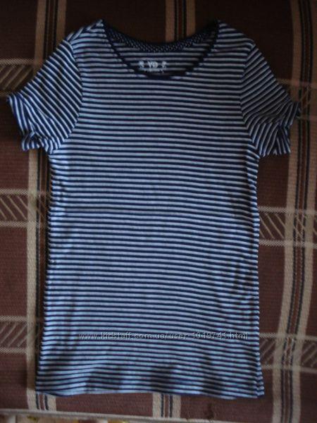 Продам футболочку Y. D. р. 8-9 лет 134 см на худенькую девочку