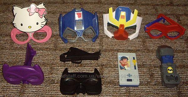 Макдональдс-маски и вещи  супергероя