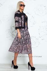 Костюм комплект тройка лиловый юбка, пиджак накидка и топ размер 50