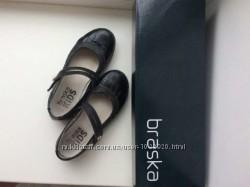 Кожаные туфли braska 31 размер