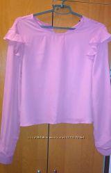 Блуза с воланами розовая terranova
