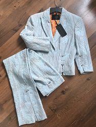 Richmond новый костюм, Италия,44 размер, пиджак на подкладке ,