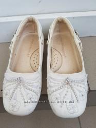 Нарядные туфли, размер 27