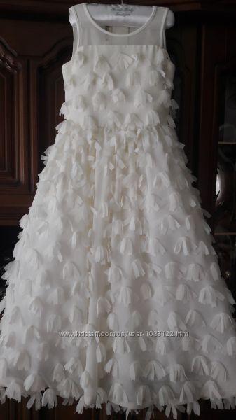 Шикарное стильное платье на выпускной торжество или фотосессиию