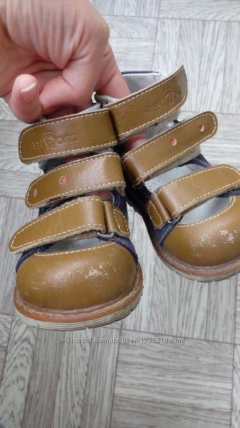 Продам ортопедические туфельки 4rest orto