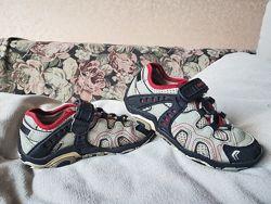 Закрытые сандалии, летние кроссовки Geox 27 размер 17см стелька
