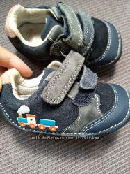 Пинетки ботинки clarks