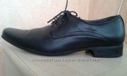 Туфли черные р-р 43