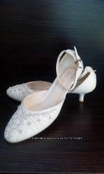 Свадебные фирменные туфли LOUISA PEERESS
