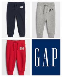 Спортивные штаны Gap на флисе.