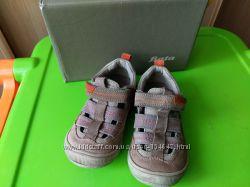 Замшевые туфли Bata 26 р