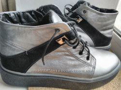 Серебряные кожаные ботинки, р. 40