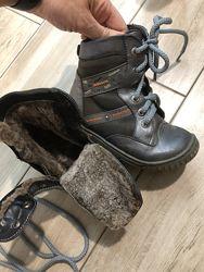 Ботинки кожаные на овчине 28 размер. Зима