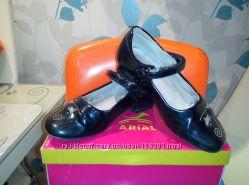 Лаковые туфельки Arial р. 31 , 19см