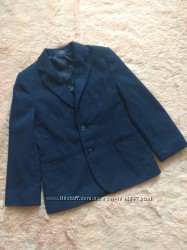 Пиджак в отличном состоянии на р. 116-122 см