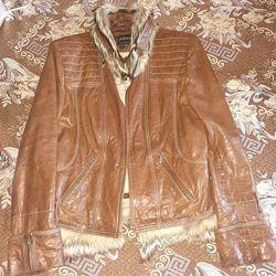 Продам кожаную куртку, натуральный мех, б/у размер 46 Пересылка.