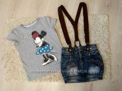 Наш стильный комплект - джинсовая юбка на подтяжках и футболочка ESPRIT
