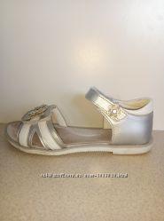 Кожаные босоножки, сандалии на девочку р. 35 ТМ MIDA