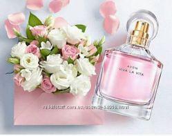 Женская парфюмерная вода Avon Viva la Vita