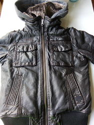 Куртка на мальчика 8 лет, рост 128 см