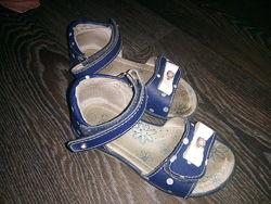 Кожаные босоножки сандалии B&G, р.26