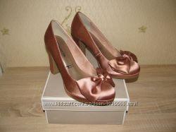 Туфли женские Tamaris  Германия р. 40, новые в коробке