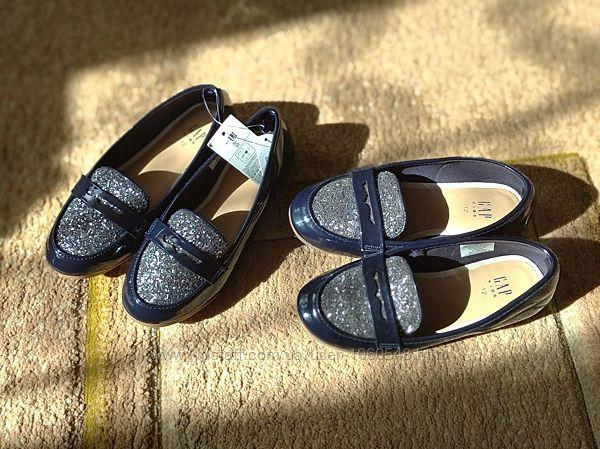 Туфли GAP лаковые, размер 29 - двойняшкам