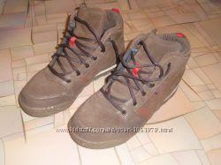 Мужские ботинки, кроссовки Quechua р. 42, новые